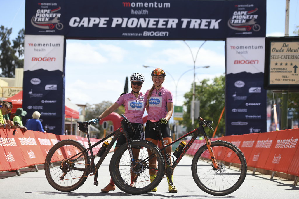 #ChandelierChampagne 2018 Momentum Health Cape Pioneer Trek presented by Biogen stage6 captured by Zoon Cronje from www.zcmc.co.za
